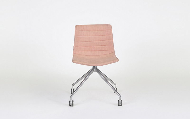 Catifa 46 Castor Chair