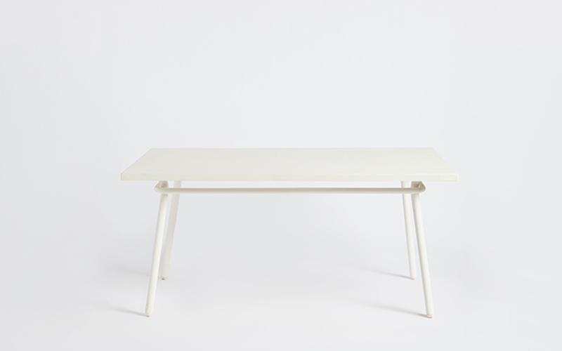 A600 Dining Table