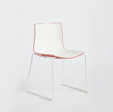 Catifa 46 Sled Chair | Designer Office Chairs