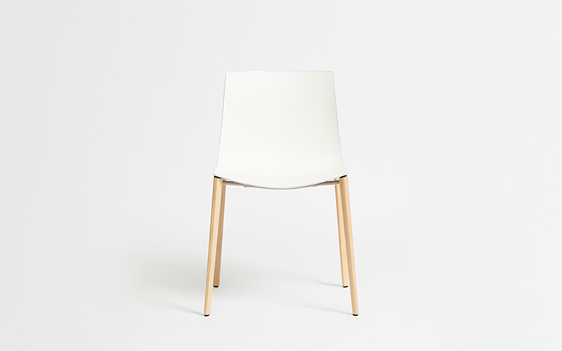 Catifa 46 Timber Leg Chair
