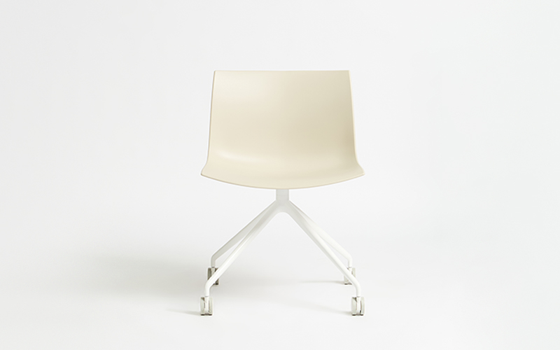 Catifa 53 Castor Chair