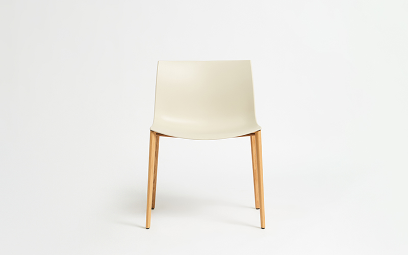 Catifa 53 Timber Leg Chair