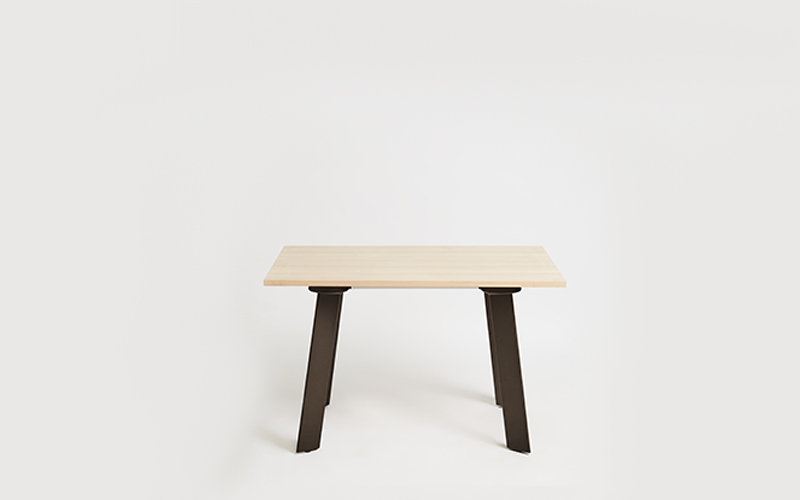 Blade Table