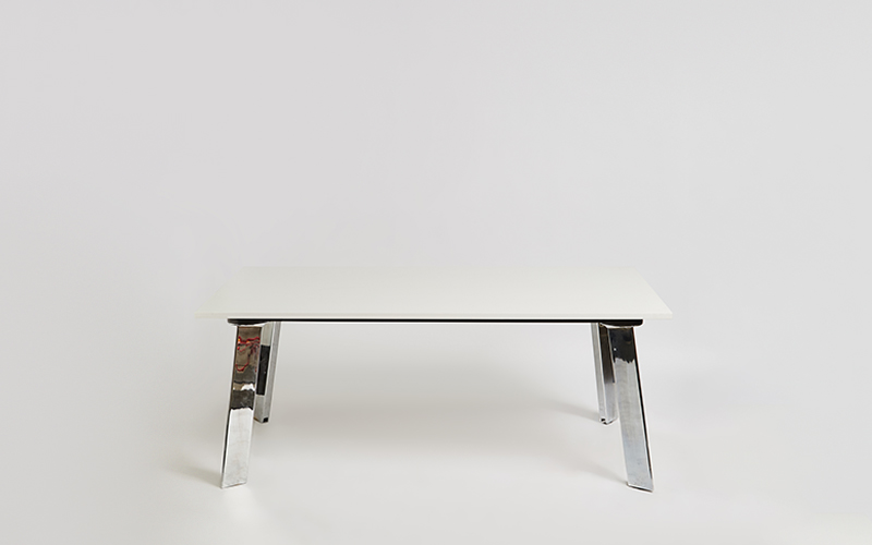 Blade Table 1800x1000